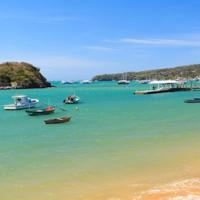 Búzios: passeio de barco e almoço saindo do Rio