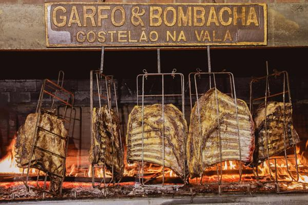 Noite Gaúcha no Garfo e Bombacha