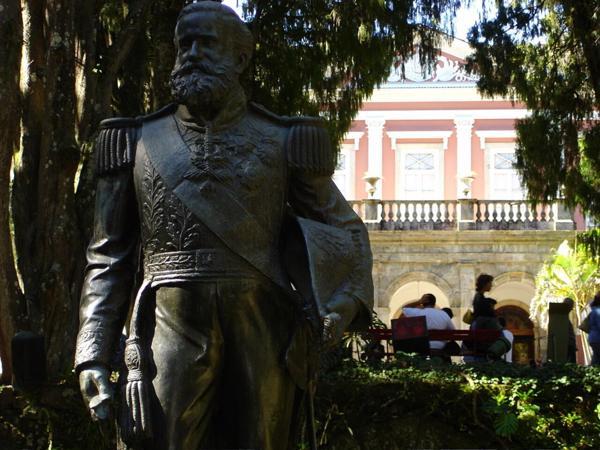 Petrópolis Imperial, almoço e Cervejaria Bohemia