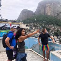 Favela Tour com Transfer & Guia Local