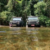 Jeep para a Praia de Castelhanos